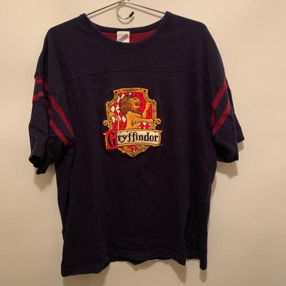 Warner Bros. Other - Harry Potter Gryffindor House Hogwarts Tee XL